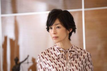 鈴木保奈美の髪型が似合う人の条件とは?【スーツ編】